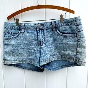 YMI Jean stretchy short shorts wannabettabutt?